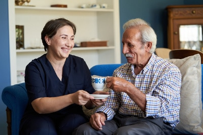 Durch den Pflegerentenversicherung Vergleich detailierte Tarifinformationen erhalten.