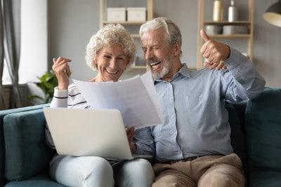 Online Pflegerentenversicherung Vergleichsrechner nutzen und umfassenden Überblick erlangen.