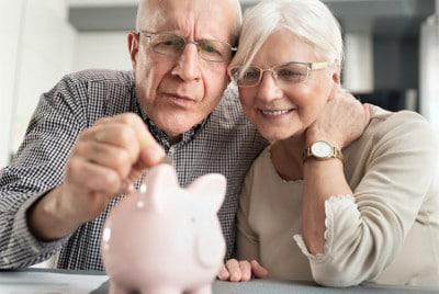 Mit einer Pflegetagegeldversicherung die Pflegelücke schließen